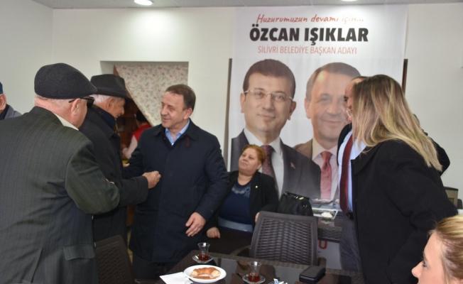 Seçim İrtibat Bürosunda Hemşerileri ile Buluştu