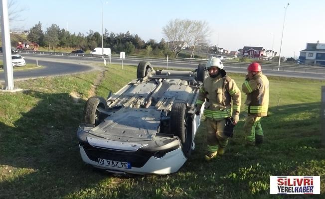 Takla attığı otomobilden sağ kurtuldu