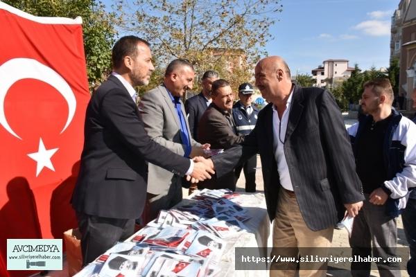 """Başkan Yılmaz: """"25 bin Türk Bayrağı dağıttık"""""""