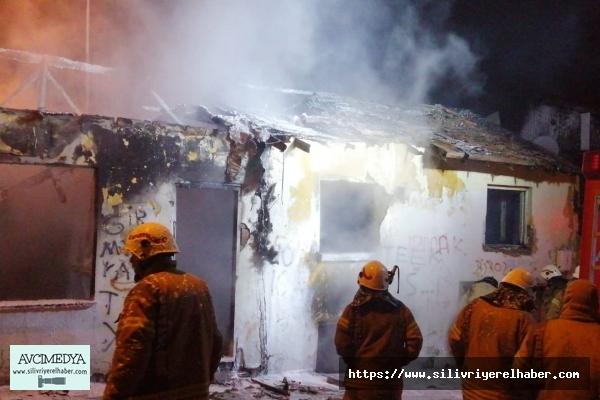 Fatih Mahallesinde Tek Katlı Binada Yangın Meydana Geldi