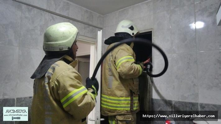 Apartman Boşluğuna Atılan Sigara İzmariti İtfaiyeyi Harekete Geçirdi