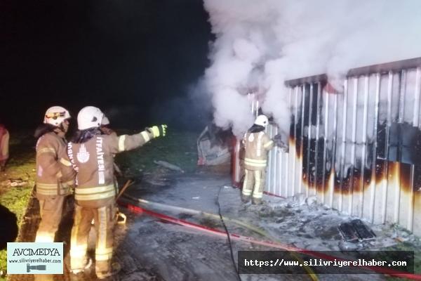 Silivri'de Konteyner Yangını