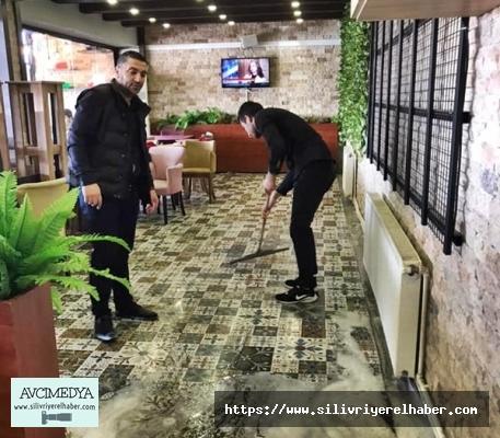 Glorious's Cafede Koronavüris temizliği