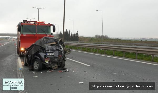 Silivri'de TIR ile Otomobil Çarpıştı: 1 yaralı