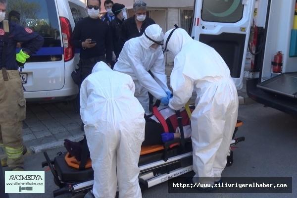 Silivri'de evinde düşerek mahsur kalan yaşlı kadını itfaiye kurtardı