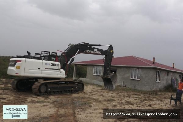 Çayırdere'de kaçak yapılıyor yıkıldı