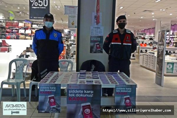 Silivri'de Polis ve Jandarma ''Kades'' broşürü dağıttı