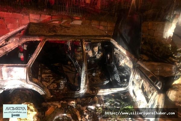 Fener'deki otomobil yangınında kundaklama şüphesi: 1 kişi gözaltına alındı