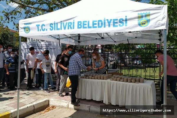Silivri Belediyesinden Vatandaşlara Aşure İkramı