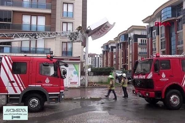 Silivri'de fırtına vatandaşları zor anlar yaşattı