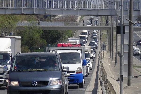 Silivri'de 17 Günlük Kısıtlamaya Saatler Kala Yoğunluk Yaşanıyor