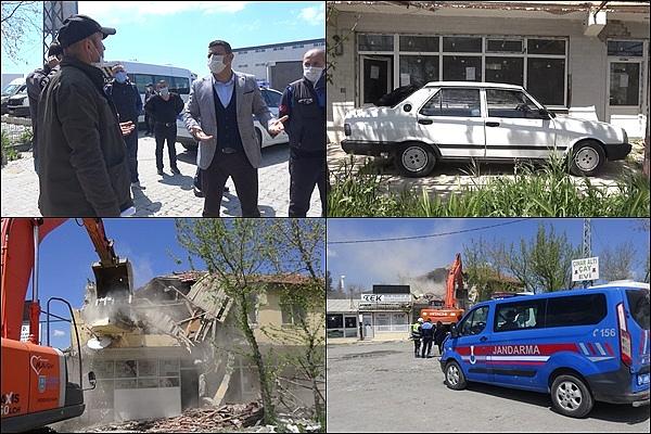 SİLİVRİ'DE Çökme ihtimali Olan Binanın Yıkımına Otomobiliyle Engel Olmaya Çalıştı (ÖZEL)