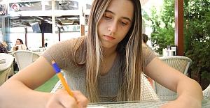 Genç yazarın hedefi senarist olmak
