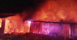 Silivri'de çöp döküm sahasında korkutan yangın