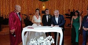 TBMM Başkanı Mustafa Şentop, nikah şahidi oldu