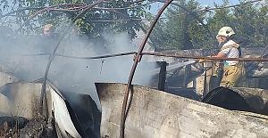 Silivri'de depo ve anız yangınları