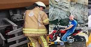 Hafriyat Kamyonu ile Motosiklet Çarpıştı:...