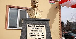 Başkan Yılmaz Atatürk büstü açılışına...