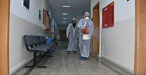 Silivri Belediyesi, koronavirüse karşı dezenfekte çalışmaları yapıyor