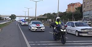 SİLİVRİ'de Trafik Polislerin'den 19 Mayıs Konvoyu