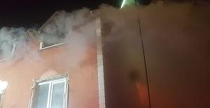 Silivri#039;de çıkan yangında çatı...