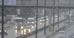 Silivri'de kar yağışı