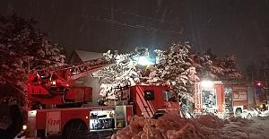 Silivri#039;de Çatı Yangını