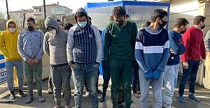 Silivri#039;de Kaçak 18 Göçmen...