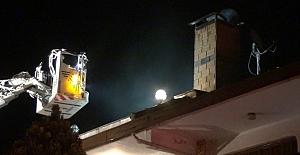 Silivri'de Şömine Ateşi Çatıyı Tutuşturdu
