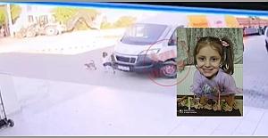 Silivri'de Feci Olay! Kediyi severken aracın altında kalarak can verdi