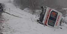 Çatalca'da ambulans devrildi